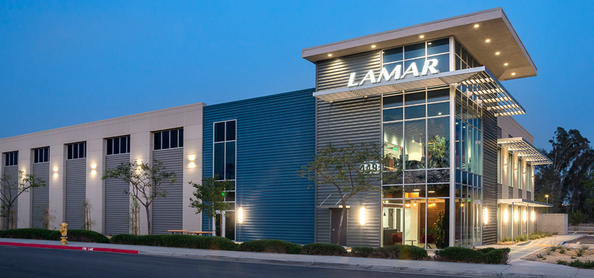 Lamar Advertising - San Bernardino exterior at dusk.