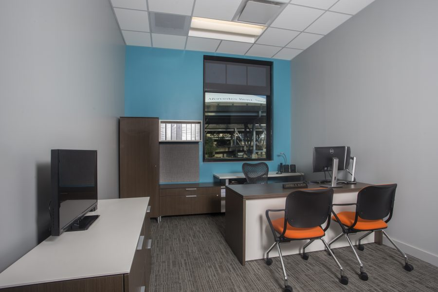 Office space at Lamar New Orleans with view of the superdome